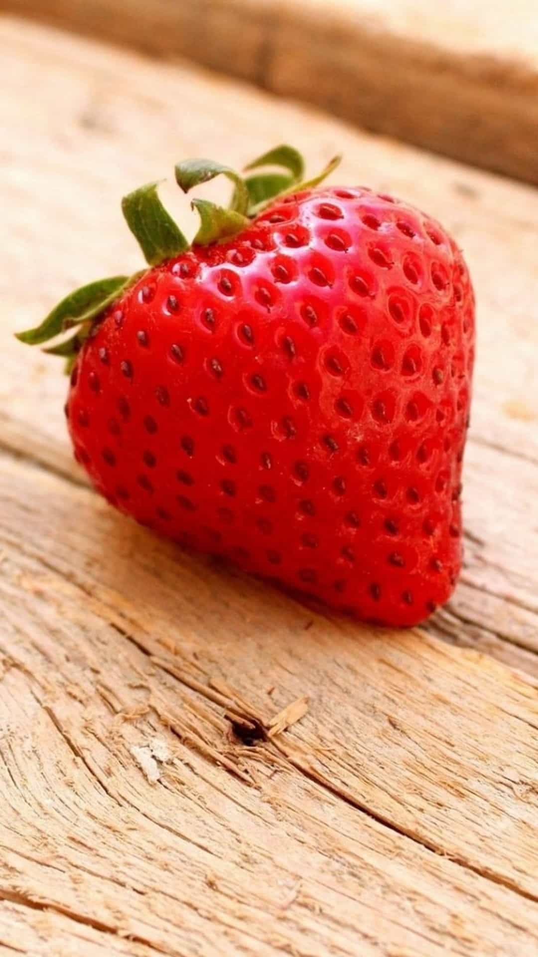 Strawberry Close Up Wood Android Wallpaper