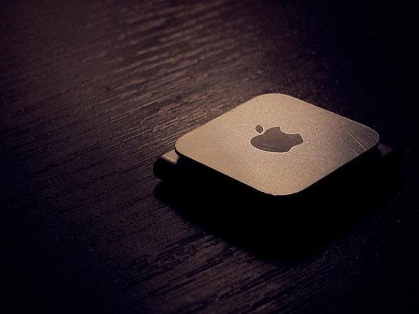 brown-apple-ipod