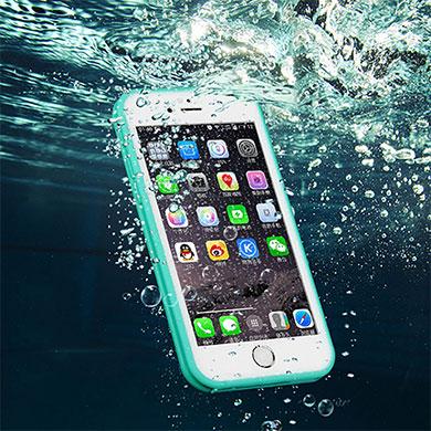 12 dicas sobre o que fazer quando o iPhone cai na água