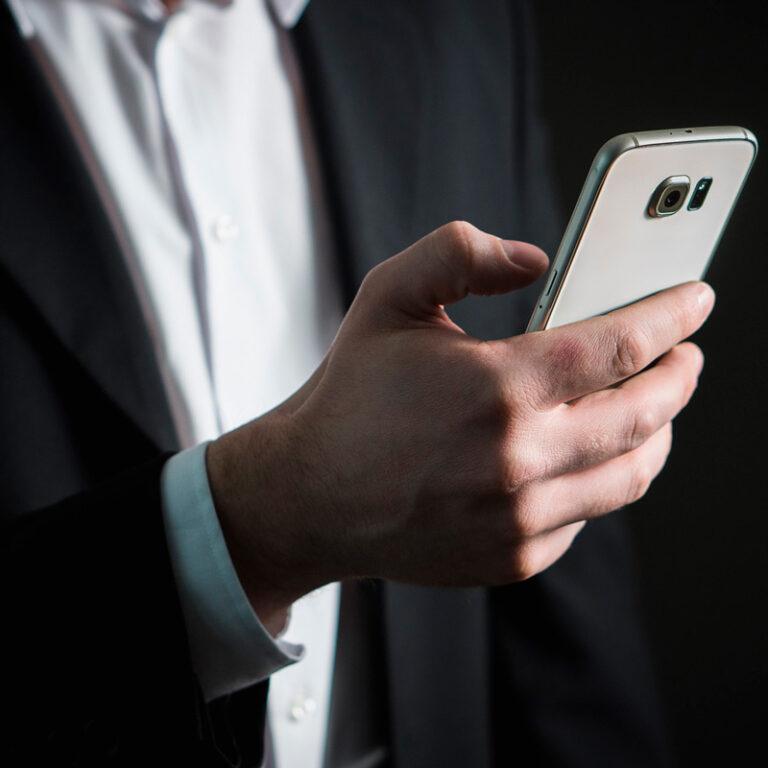 Como criar um cartão virtual para WhatsApp