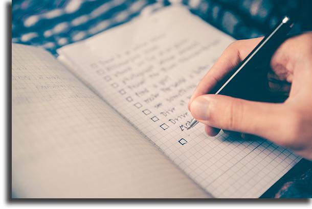 Crie uma lista de tarefas como trabalhar em casa com produtividade