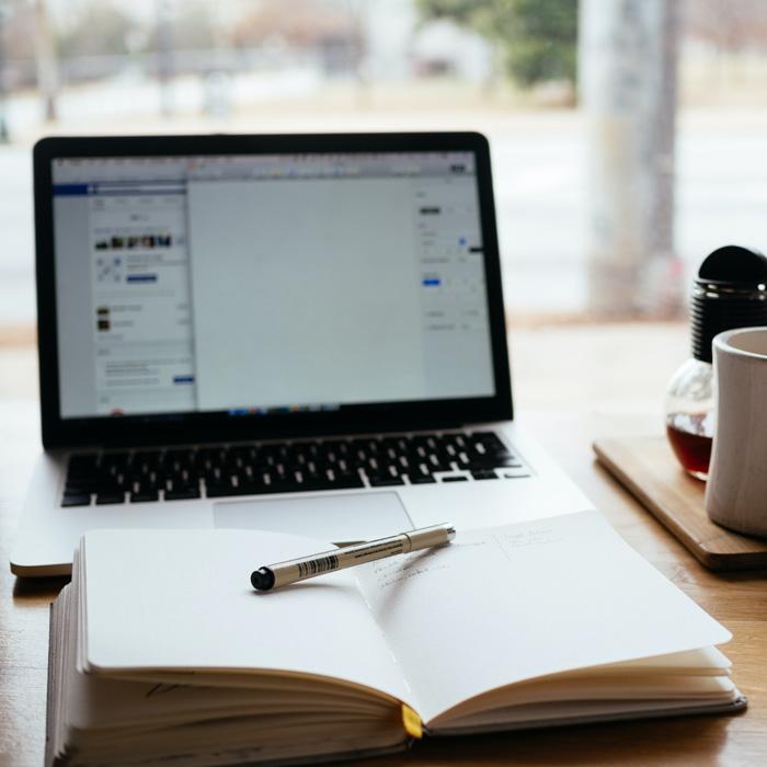 Como manter seus contatos e correspondência empresarial