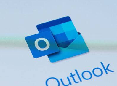 Destaque Adicionar lembrete no Outlook