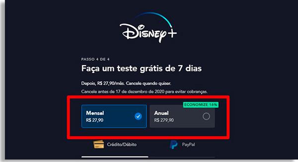 parte superior da tela do disney+, com opções de assinatura mensal ou anual. Abaixo, um botão para escolher pagar por cartão de crédito ou débito, ou pagamento por PayPal