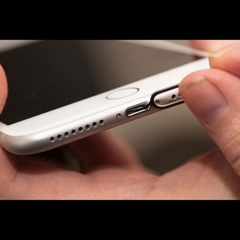Top 10 tips of what to do when your iPhone won't charge