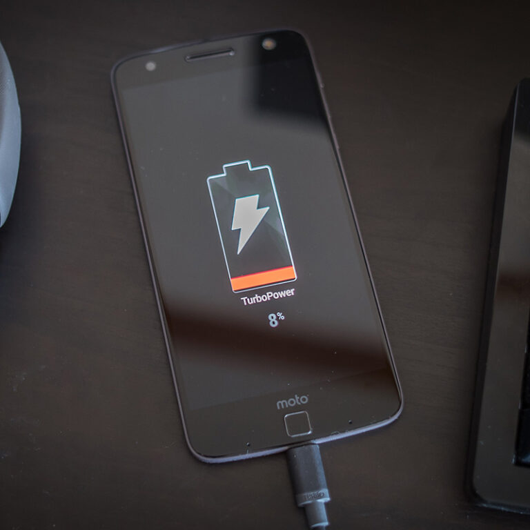 7 tips of what to do when your phone won't charge!