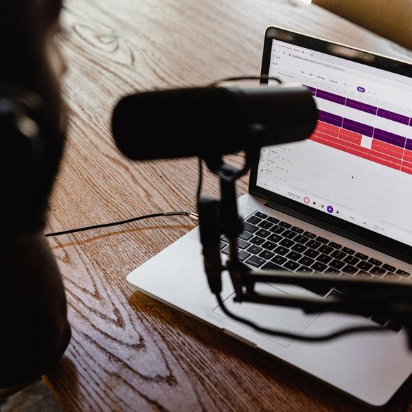 14 dicas para criar podcasts de sucesso