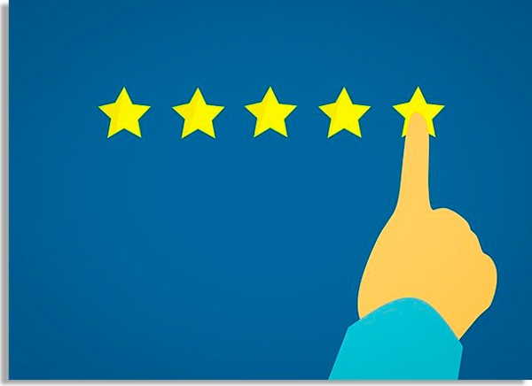 ilustração de fundo azul com mão com o dedo indicador passando por cinco estrelas amarelas