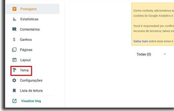 """menu lateral do blogger com caixa de borda vermelha destacando a opção """"tema"""" para criar seu próprio site"""