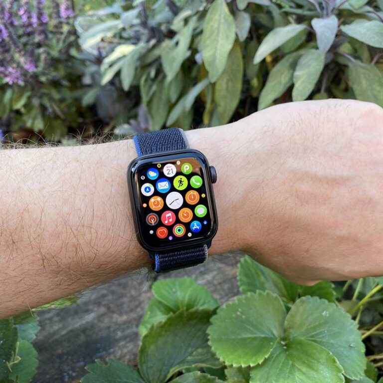 The 22 coolest things to do with the Apple Watch!