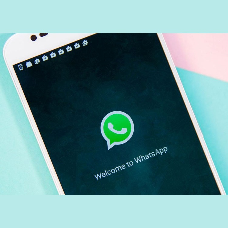 11 Android apps for WhatsApp to have on your phone!