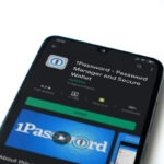1Password vs browser passwords: which manager to use?