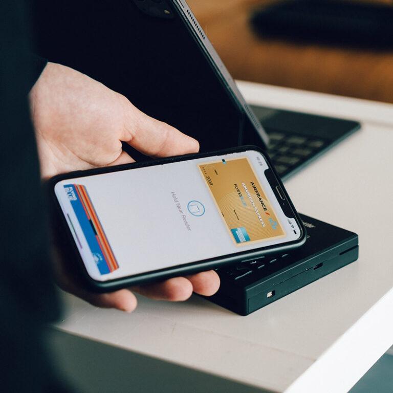 Quais são os bancos compatíveis com Apple Pay no Brasil?