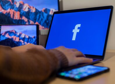 adicionar administrador facebook